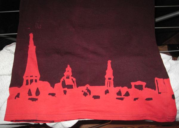"""Salzwedels """"Skyline"""" auf einem T-Shirt"""